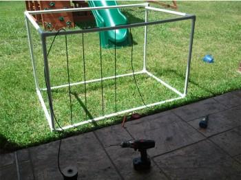 Summer Toy Box - Keep Threading Cord